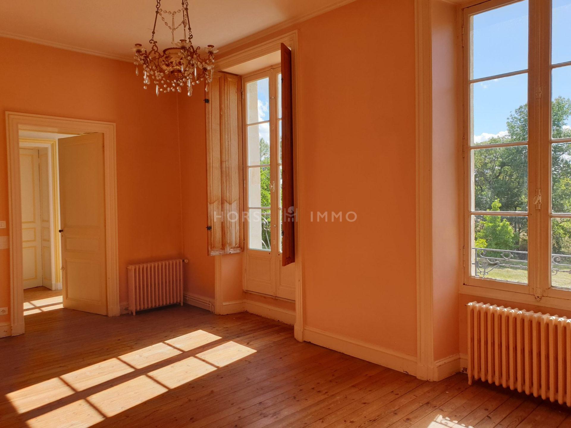 1614338502 VM1666 16 original 1920x1440 - Château et ses 2 logements sur 30ha clos de murs