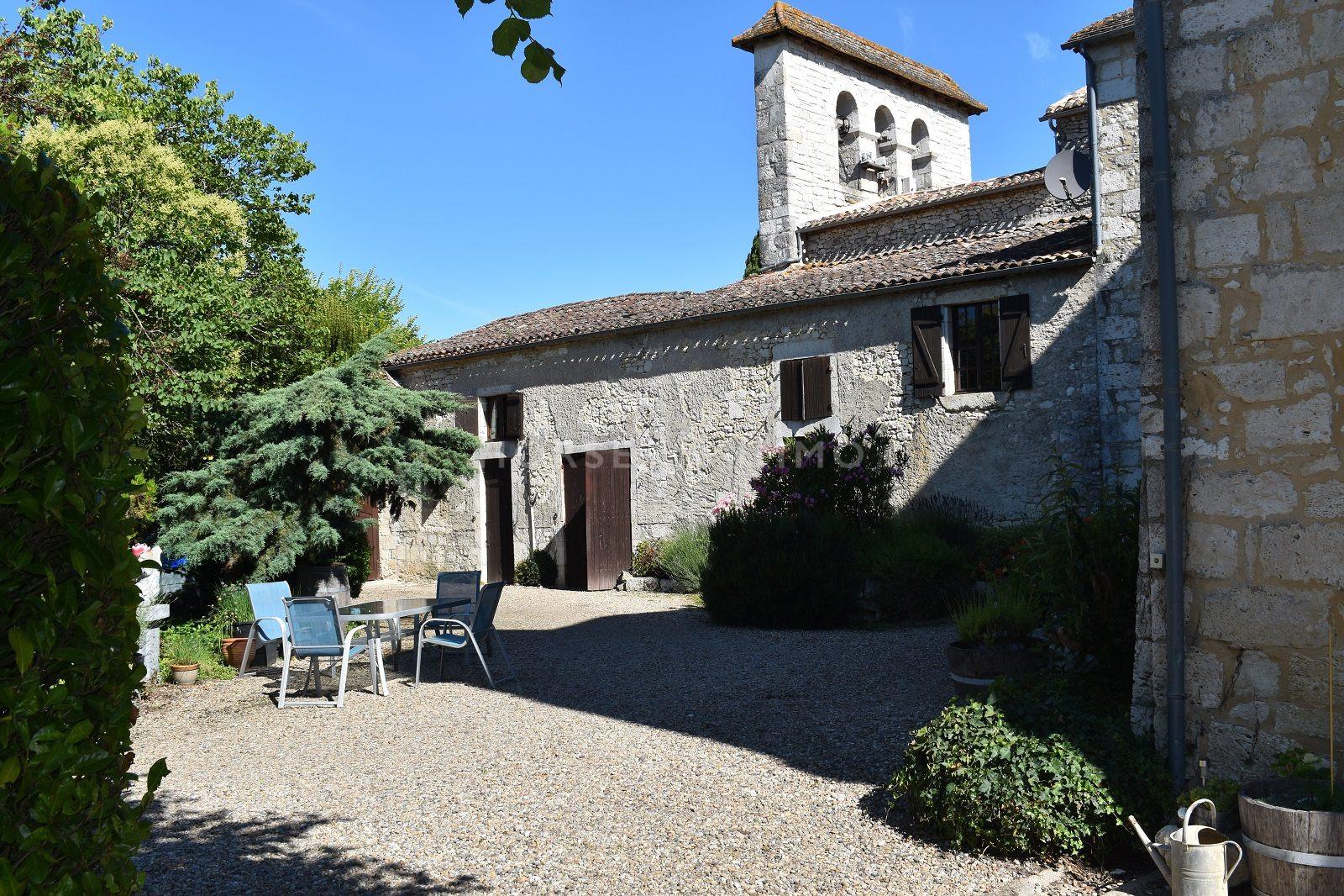 1615905930 VM1712 5 original - Château de 340m² sur 3.5ha à 15 min de Bergerac